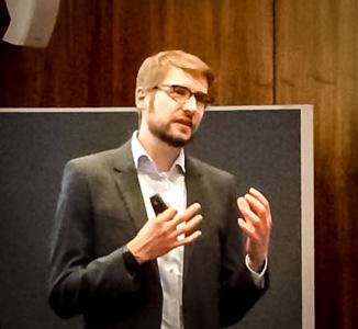Vortrag Frank WJ HD_ausschnitt